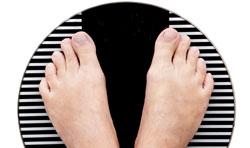 Misurazione del peso corporeo con bilancia elettronica e con bilancia impedenziometrica